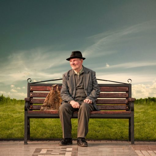 FineArt_Bench_015_A_Simple_Man_Always_Have_A_Happy_Face